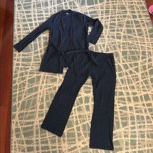 Maternity robe and pant set